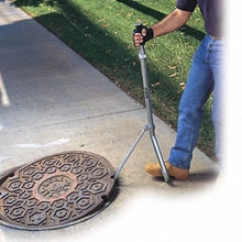 Manhole Lid Lifter from Allegro